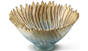 Vertically striped bowl. Glazed. stoneware. © Elysia Verhoeven, 2014.